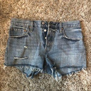 NWOT Levi Jean Shorts